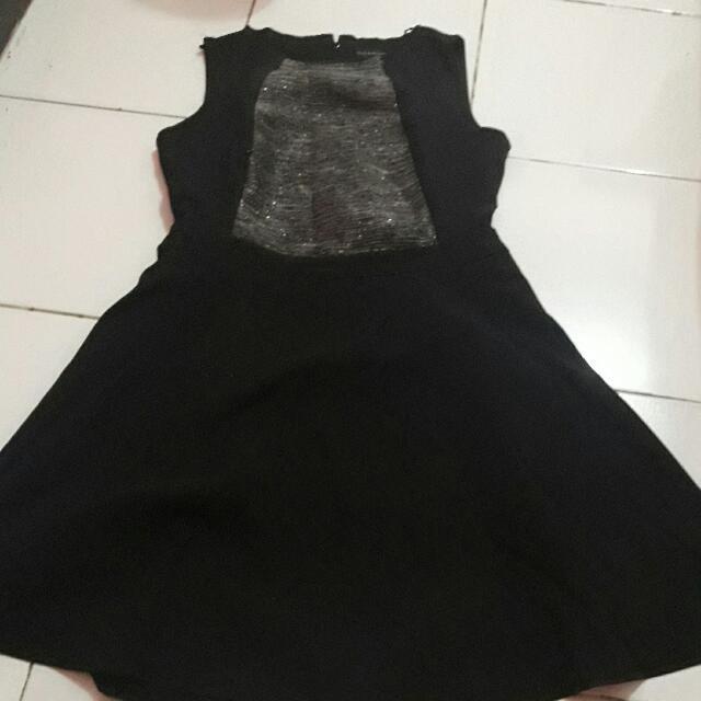 Dress tanpa lengan executive