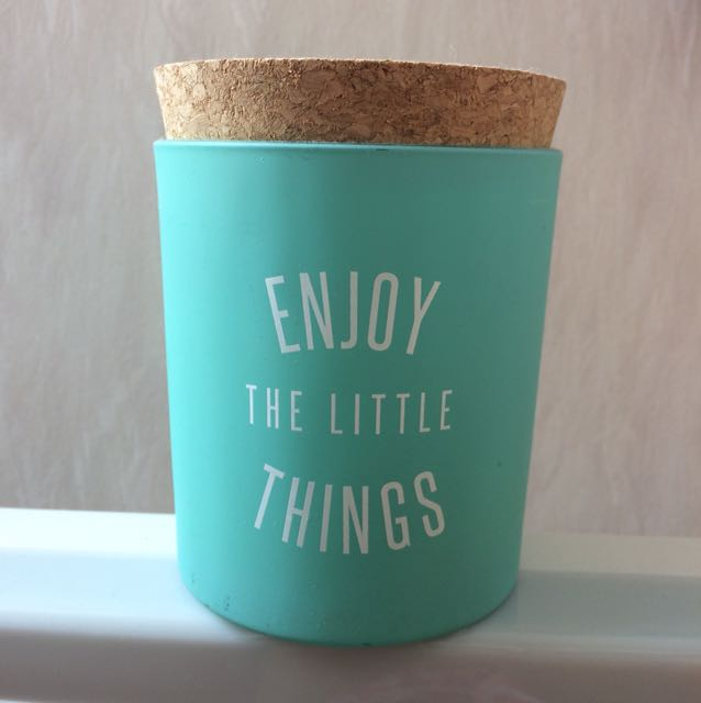 Enjoy the little things candle