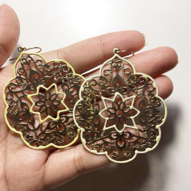 Gold ornaments earrings