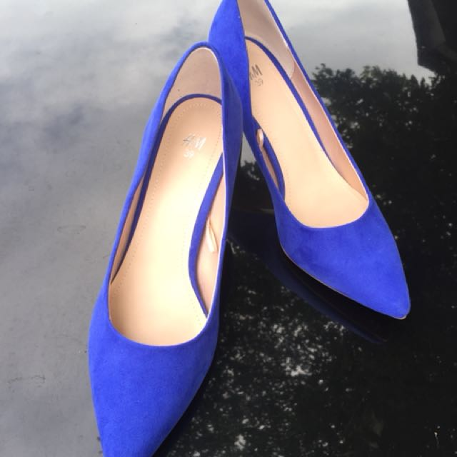 H&M suede blue neon shoes