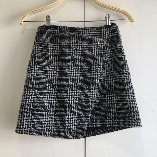 H&M Trendy Skirt NEW