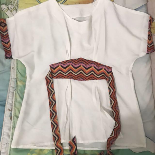 Kemeja Putih Batik