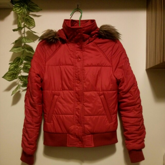 Lativ 紅色羽絨外套 超保暖