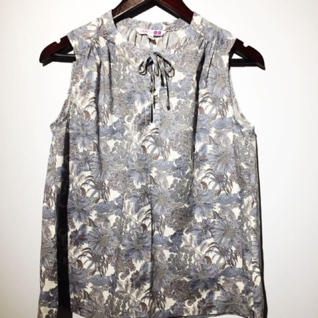 Liberty London Uniqlo Flared Shirt - Small
