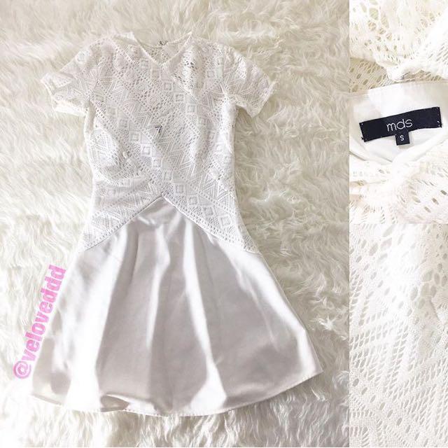 Mds white lace dress