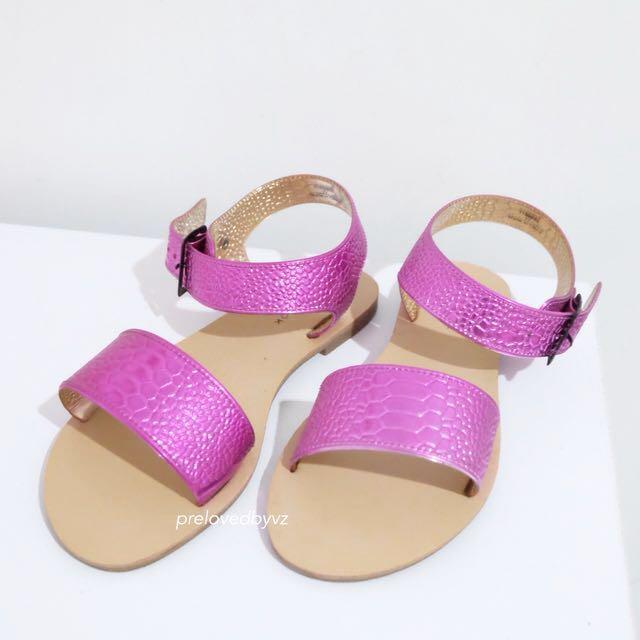 New Look Sandal (NEW)