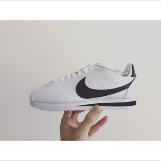 NikeWmns classic Cortez leather阿甘鞋23