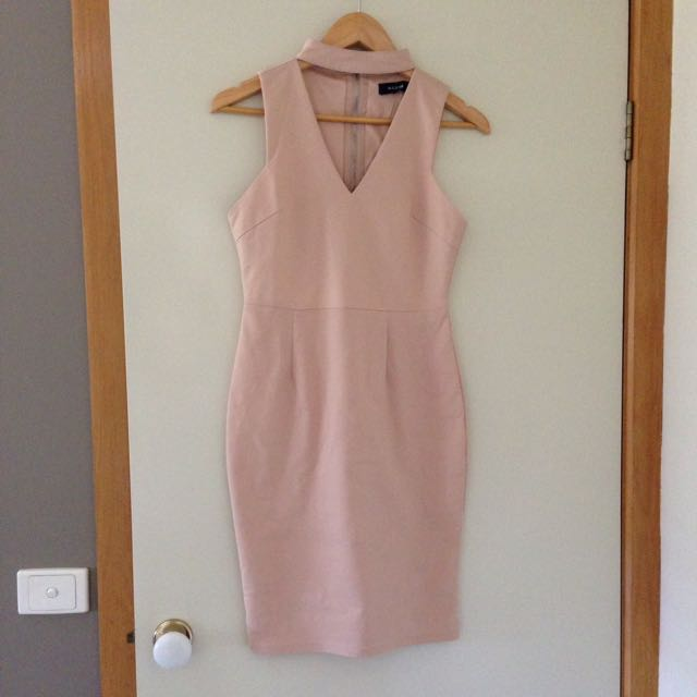 Nude chocked dress