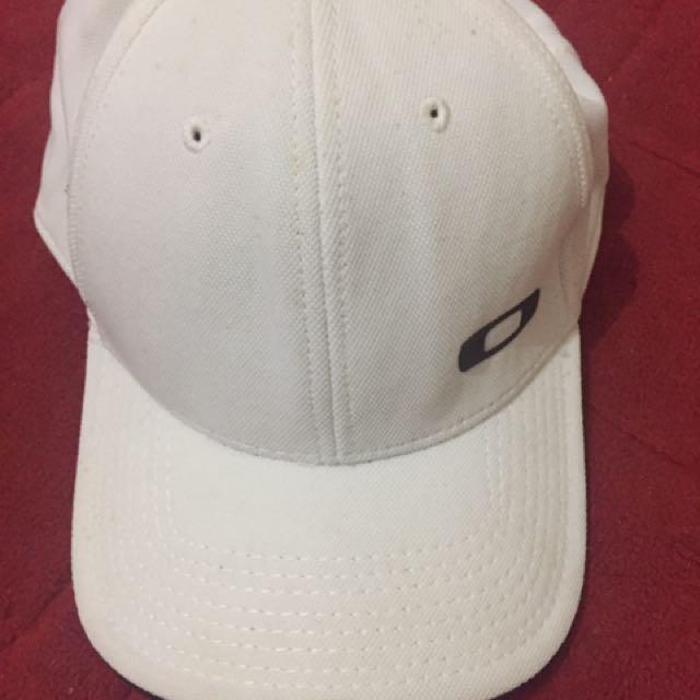 OAKLEY hats original