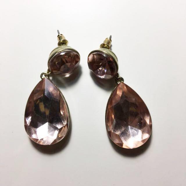 Pink gemstone earrigs