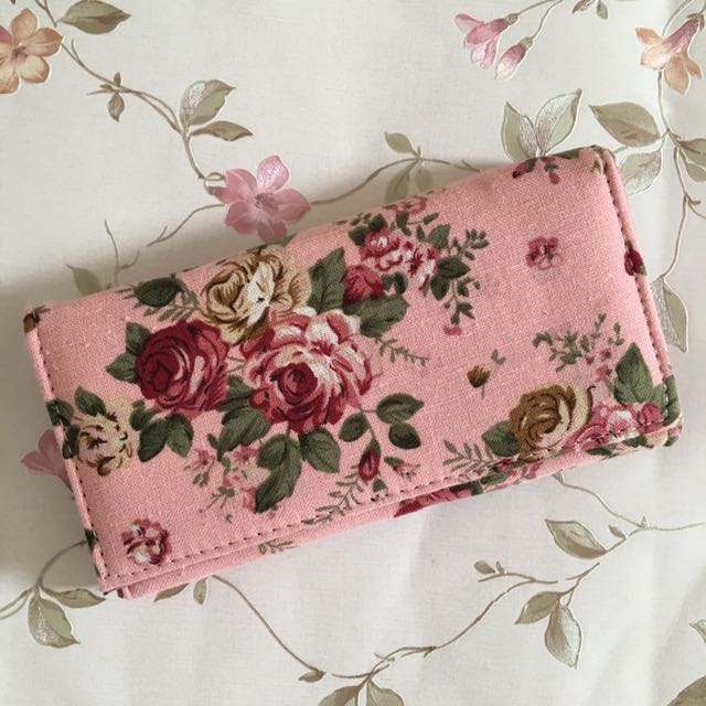 Pink Shabby Wallet