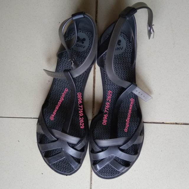 Preloved sendal Zaxy black jelly sandals size 8
