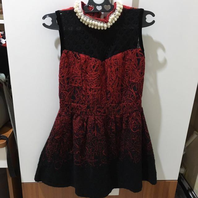 Premium red combi black dress