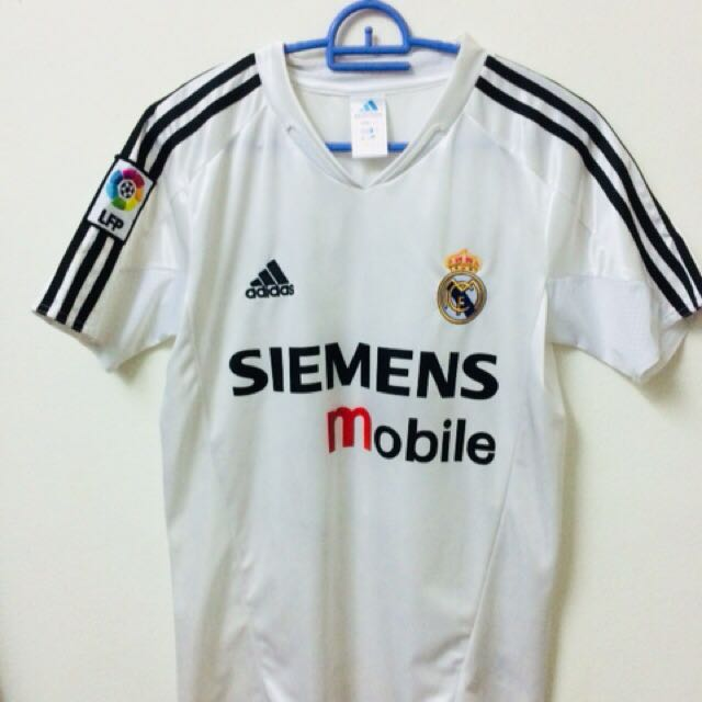 new product c5fba e5ce2 Real Madrid 2004 David Beckham jersey