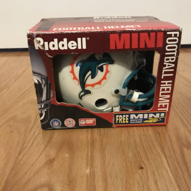 Riddell mini football helmet box