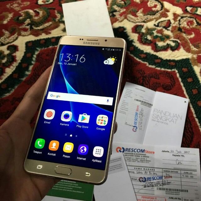 Samsung Galaxy A9 Pro 6 Gold 4/32GB Mulus 99% Garansi Juli 2018