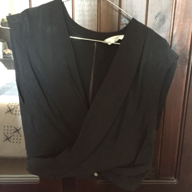 Seed Heritage Black cropped wrap front top
