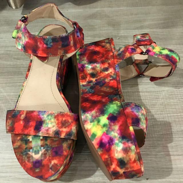 Sepatu Zaraa