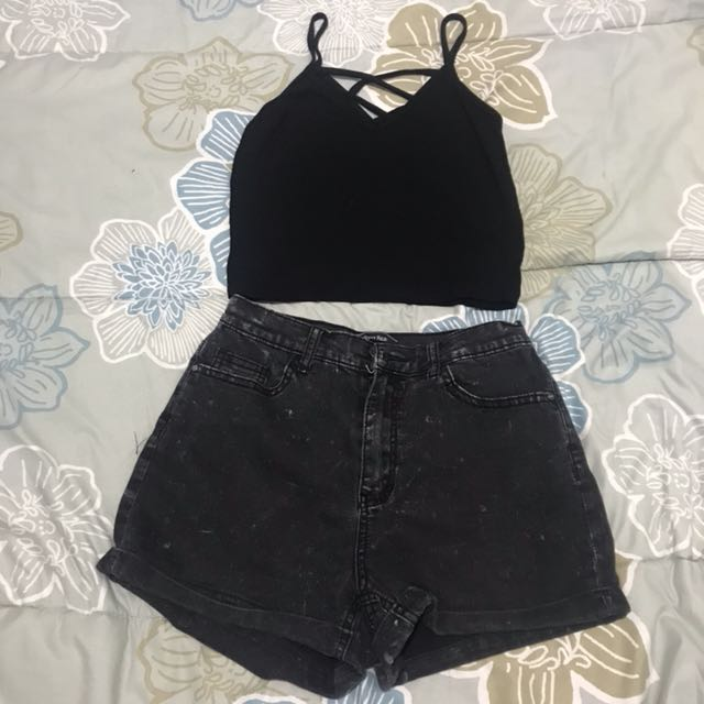 Set High waisted shorts and Crop top