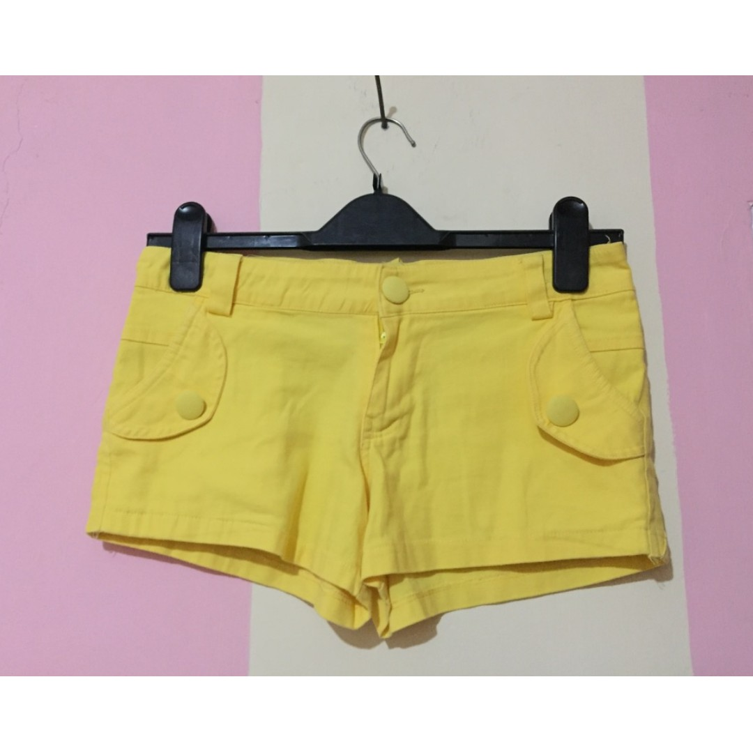 SHort Pants Yellow