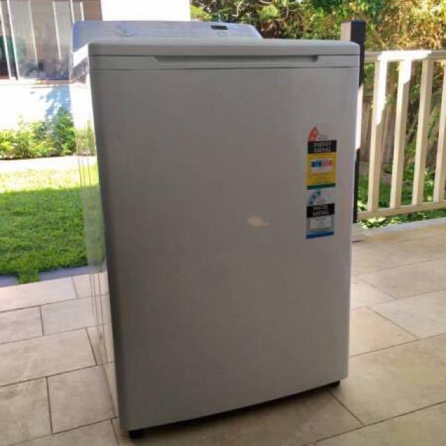 Simpson top load washing machine (brand new)
