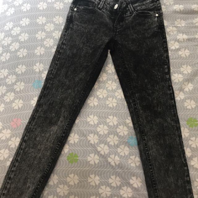 😍黑色復古雪花skinny Jeans