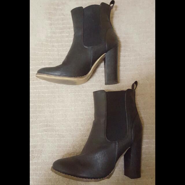 Sportsgirl Black Ankle Boots