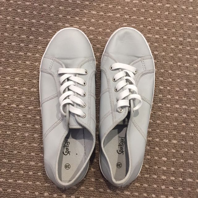 Sportsgirl grey sneakers