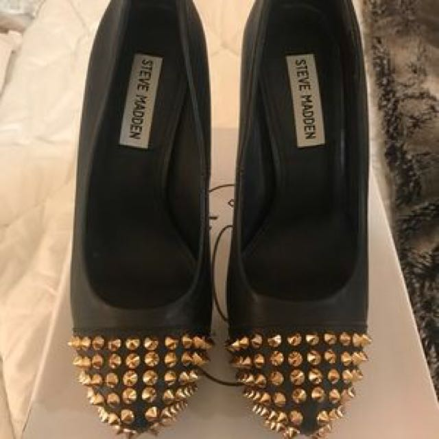 Steve Madden Black heels 8.5