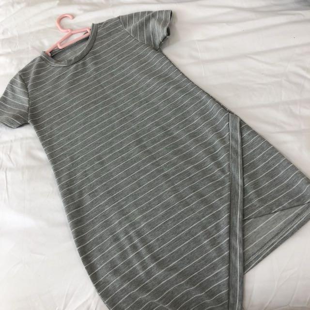 Stripes slit Dress