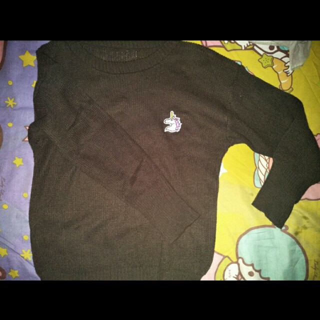 Sweater rajut unicorn