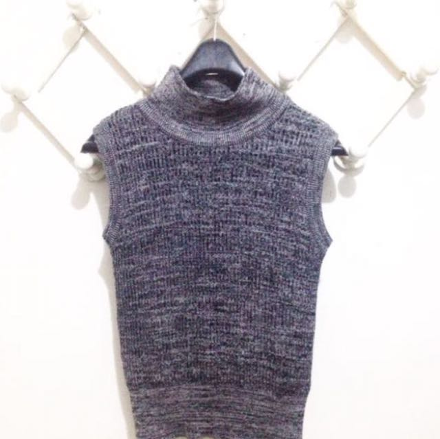 T shirt + turtle neck (2 items) freong