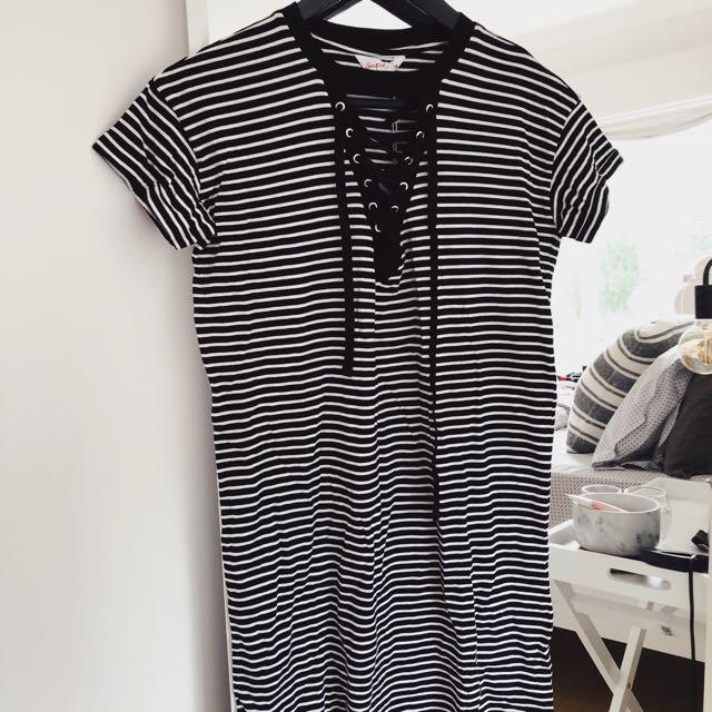 T shirt dress stripe