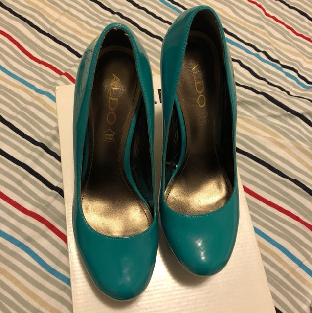 Teal Pumps