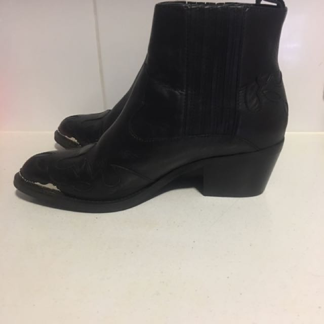 Tony Bianco boots / size 7