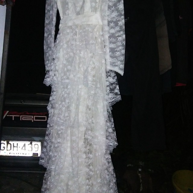 Wedding dress long gown fits small body