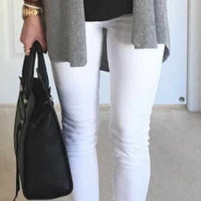 White pants from smart set size 2