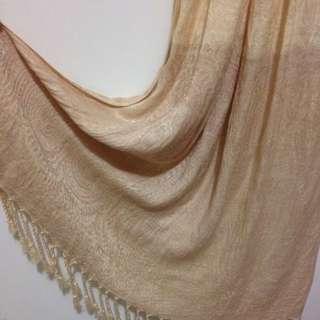🚚 印度米白絲質圍巾