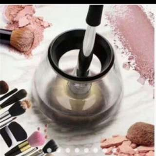 Brand New and reduced price electric make up brush cleaner