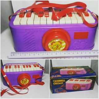Vintage Camera Organ. Mainan Lama