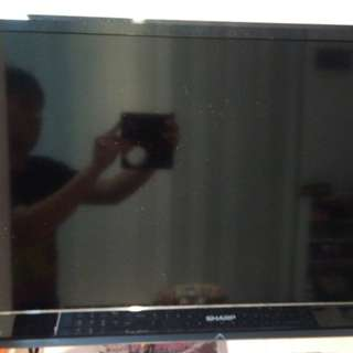 Jual Monitor TV LED Sharp Sharp lc32le3481 32inch 55watt..