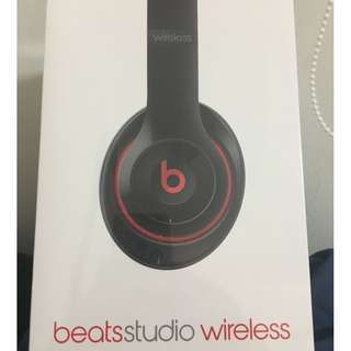 Brand new Beats Studio 2 Wireless, Gloss Black