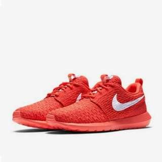 Nike Roshe Flyknit Bright Crimson