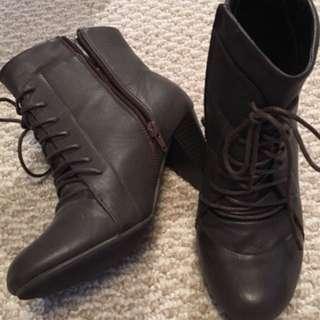 Combat booties - size 8
