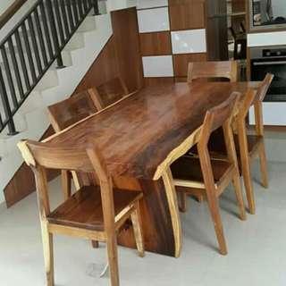 Meja Makan Kayu Meh/kayu Trembesi