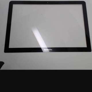 Macbook Pro glass