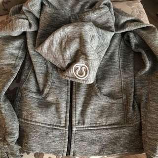 Good condition lululemon scuba hoodie