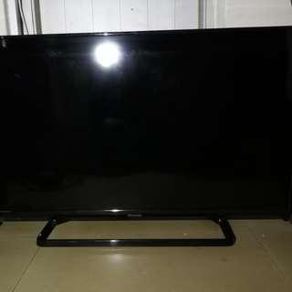 Panasonic 40吋 LED IDTV TH-40C400H