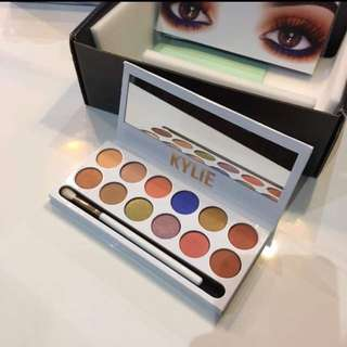 New Kylie cosmetics peach palette authentic