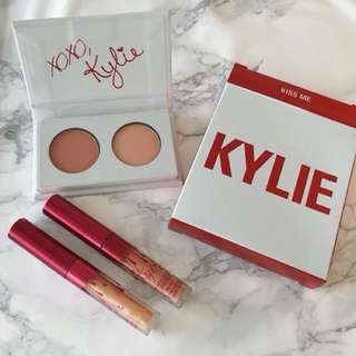 Kylie Cosmetics Be Mine Valentine Kiss Me Mini Kit